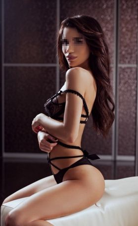 Carolina-Beirut Escorts